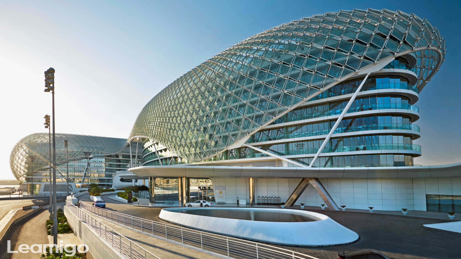 Private Transfers To Yas Island Abu Dhabi Attractions