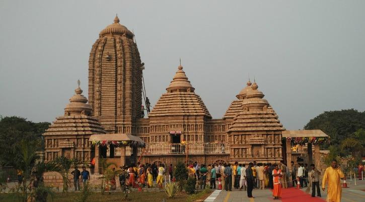 templee puri.jpg