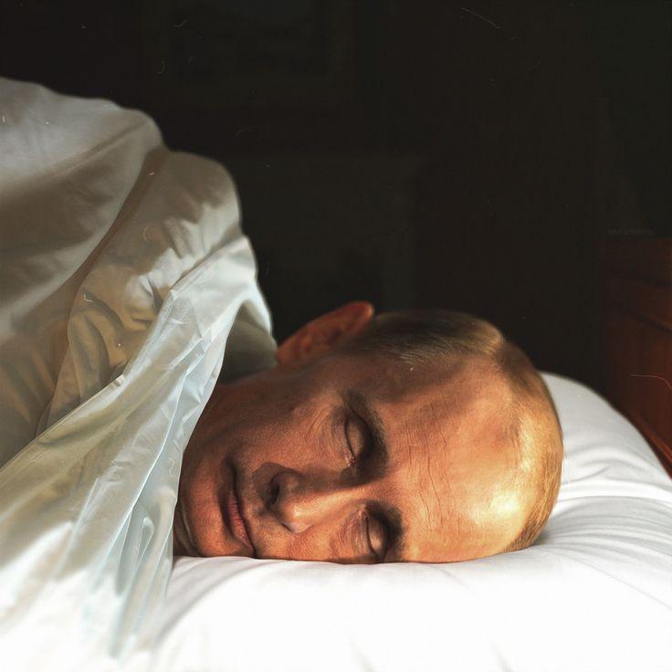 putin sleeping.jpg