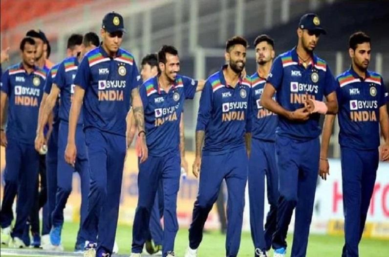 टीम इंडिया पर कोरोना का कहर,  युजवेंद्र चहल और कृष्णप्पा की रिपोर्ट आई पॉजिटिव, कुल 3 खिलाड़ी संक्रमित
