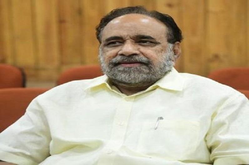 'निकम्मी और नाकारा कांग्रेस.. डस्टबिन में पड़े कचरे की तरह है', मंत्री गोपाल भार्गव के इस बयान से गरमाई सियासत