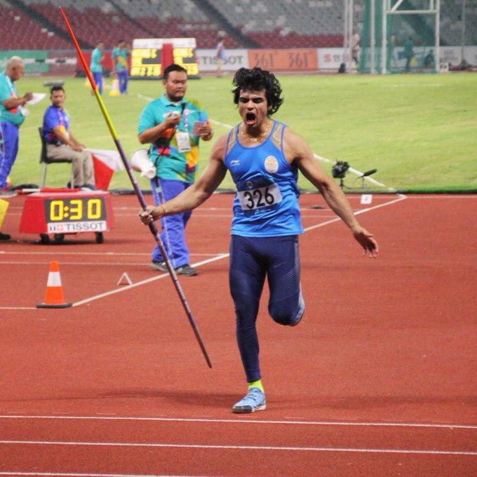 टोक्यो ओलंपिक: भारत की झोली में आया गोल्ड, स्टार जैवलिन थ्रोअर नीरज चोपड़ा ने जीता सोना, देशभर में खुशी की लहर