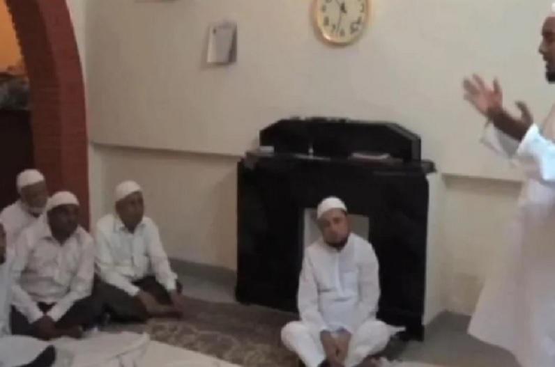 IAS अफसर का धर्म प्रचार करता वीडियो वायरल, जांच के लिए SIT गठित