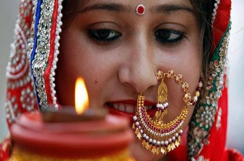 आदिवासी इलाकों में करवा चौथ की धूम, त्योहार को लेकर महिलाओं में उत्साह
