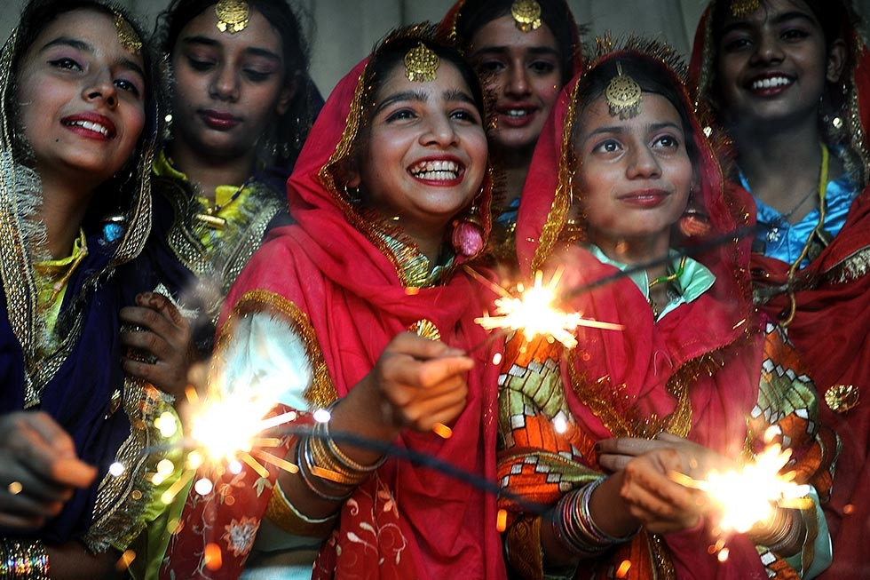 Diwali 2021 : Diwali wishes, quotes, greetings and wishes