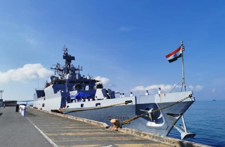 INDIAN NAVY BHARTI 2021: नौसेना में 300 पदों पर भर्ती.. 10वीं पास के लिए गोल्डन चांस.. वेतनमान और आवेदन से जुड़ी जानकारी.. देखिए