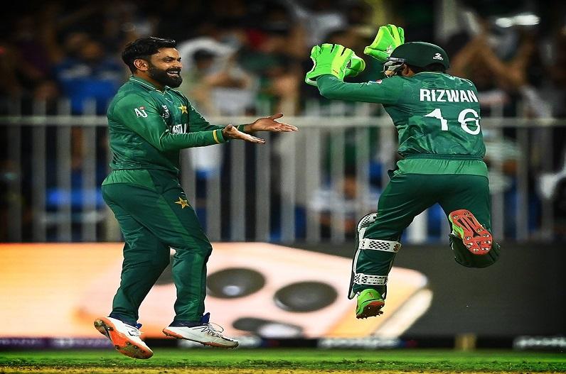 T20 World Cup : राउफ की घातक गेंदबाजी, पाकिस्तान ने दर्ज की लगातार दूसरी जीत