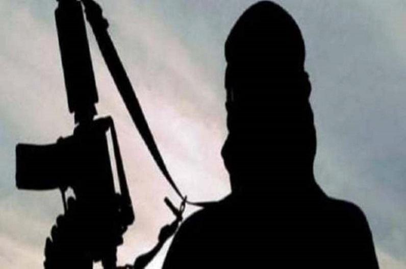 खैबर पख्तूनख्वा में 3 आतंकवादी मारे गए, परिसर में छापा मारने के दौरान हुई मुठभेड़, कई फरार