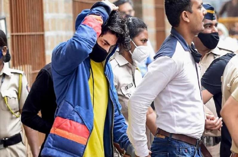 Aryan Khan ने किया चरस का सेवन, NCB की पूछताछ में बताया- अरबाज ने जूते से निकाला था पैकेट और..