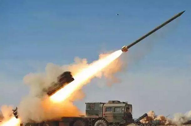 बातचीत की आड़ में जंग की तैयारी! चीन ने LAC पर तैनात किए 100 से अधिक रॉकेट लॉन्चर