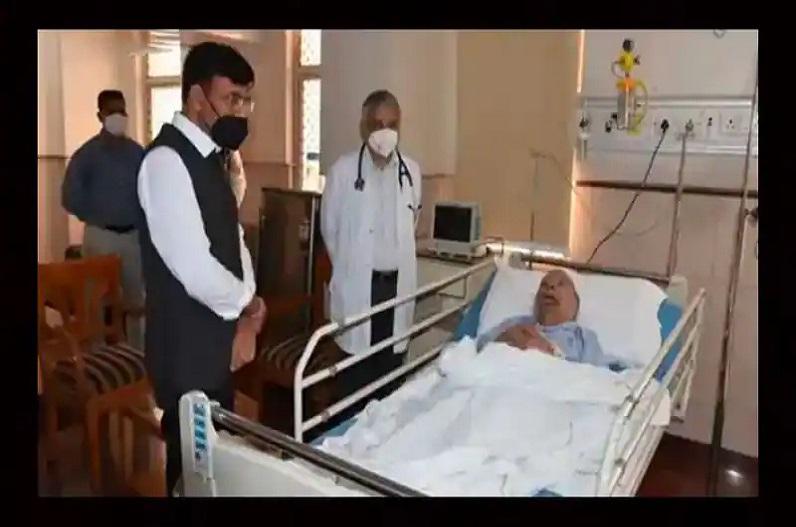 क्या मनमोहन सिंह का निधन हो गया है? जानें इस वायरल फोटो की सच्चाई