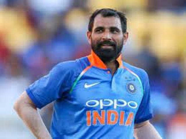 T20 world cup: भारत की हार के बाद ट्रोलर्स के निशाने पर शमी, ओवैसी बोले 'सिर्फ एक मुस्लिम खिलाड़ी को बनाया जा रहा निशाना