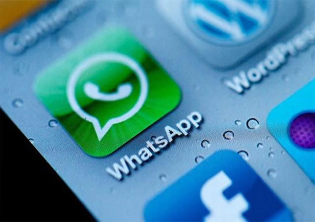 छात्रा का आपत्तिजनक वीडियो वॉट्सअप पर डाला, दो गिरफ्तार