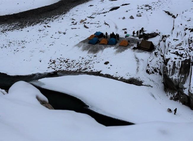 chadar river trek