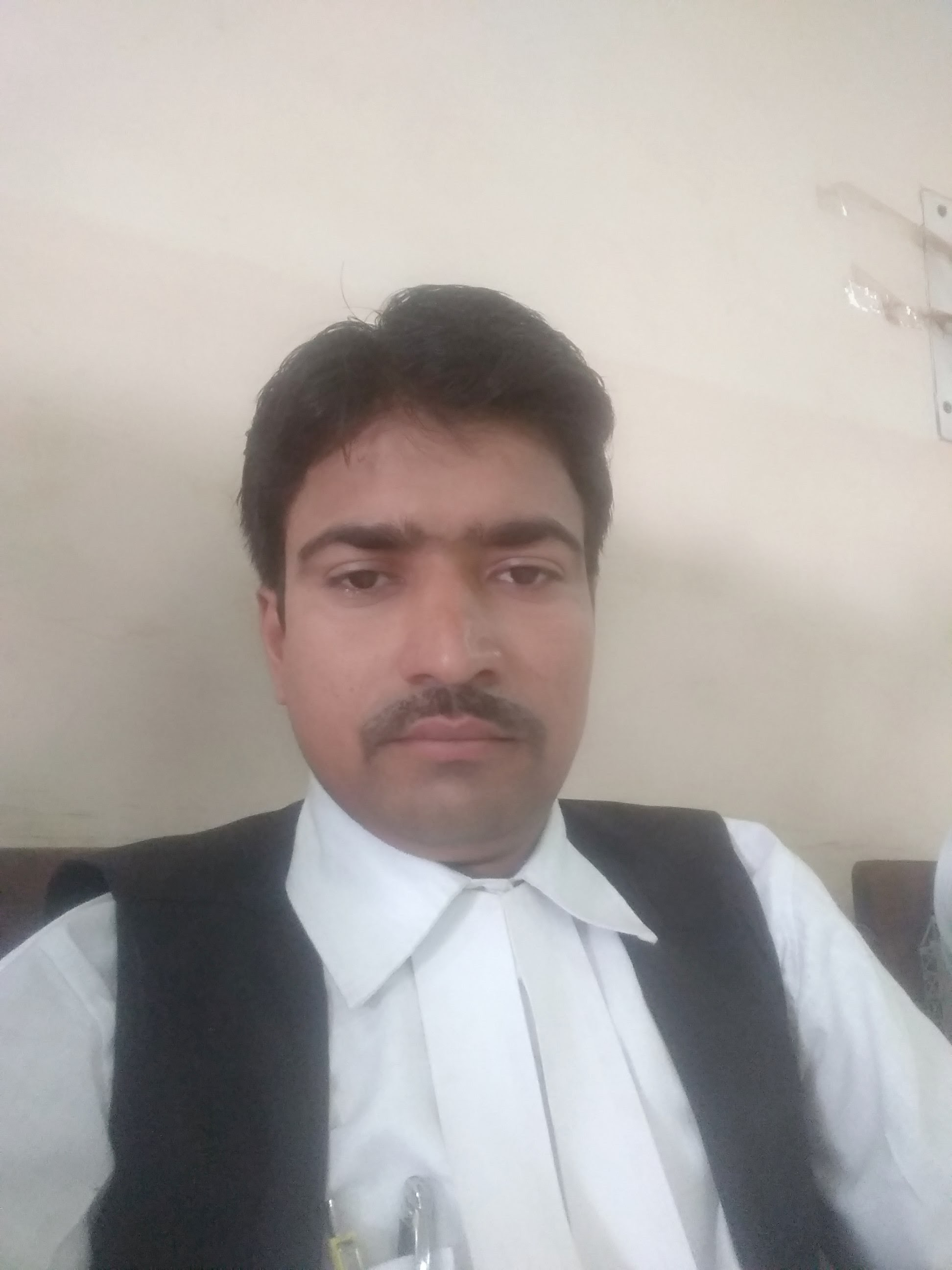 Shivam Dwivedi Advocate