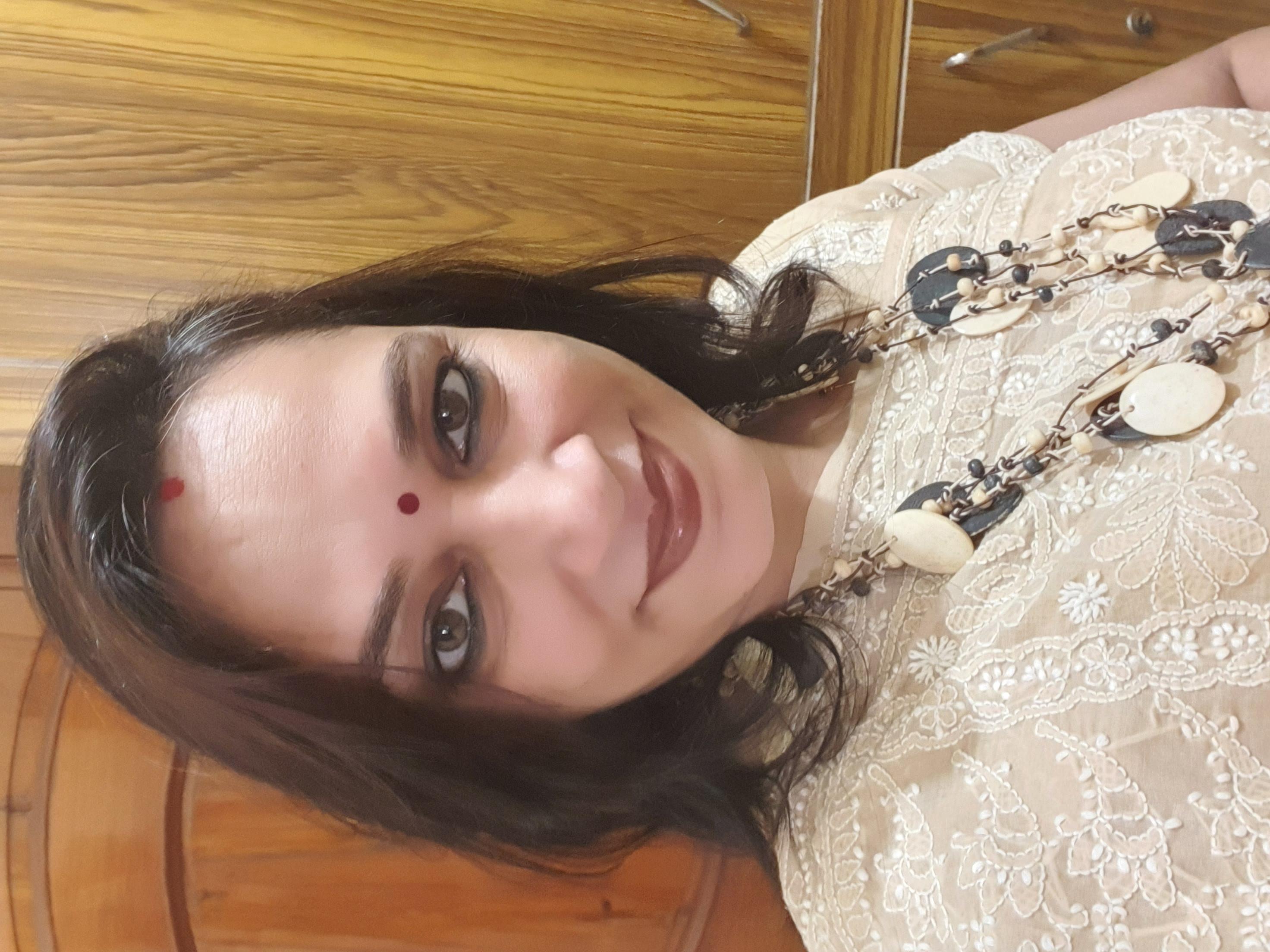 Ms Neena Khare