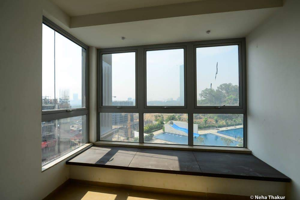 Flat for sale in OBEROI ESQUIRE, Goregaon East