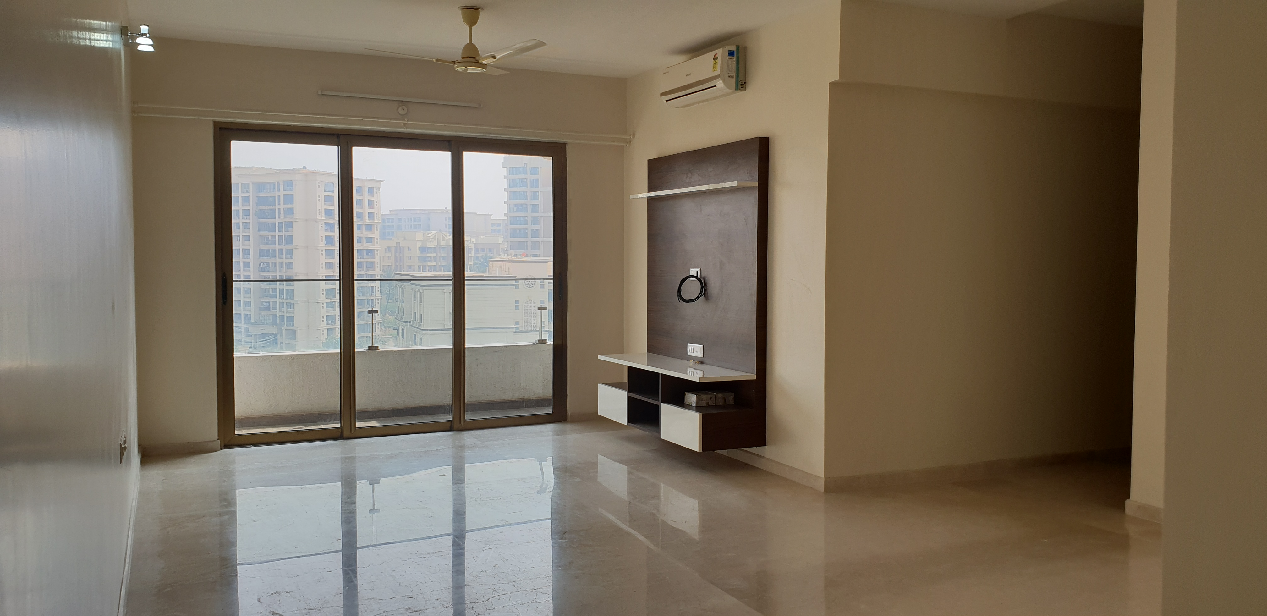 Flat for sale in TOWER T-6, Powai