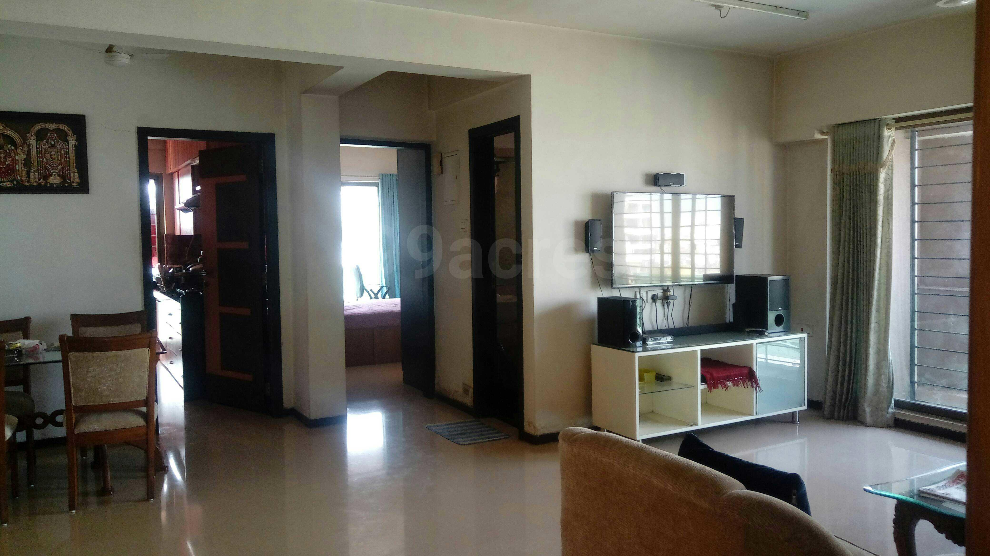 Flat for sale in Imperial Hights, Bandra West