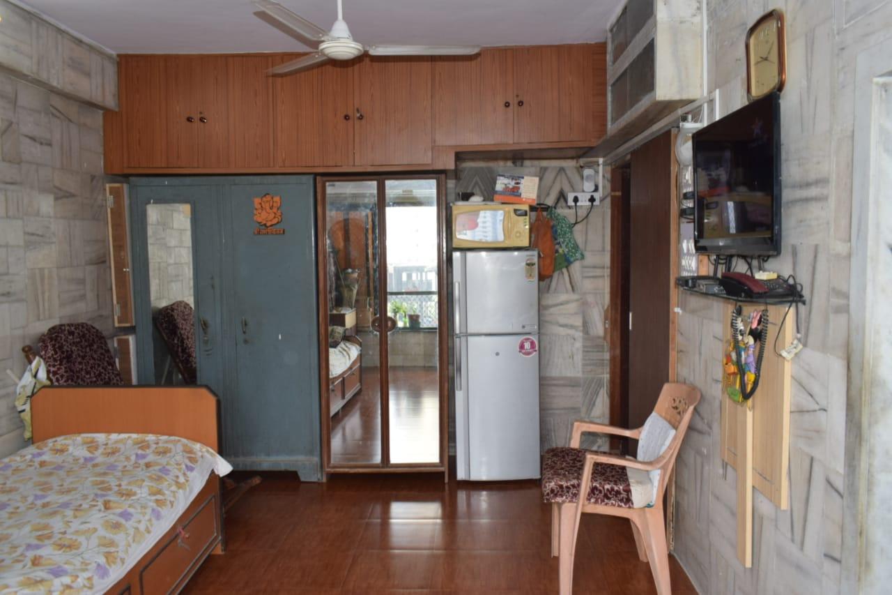 Flat on rent in Pankaj mention, Worli