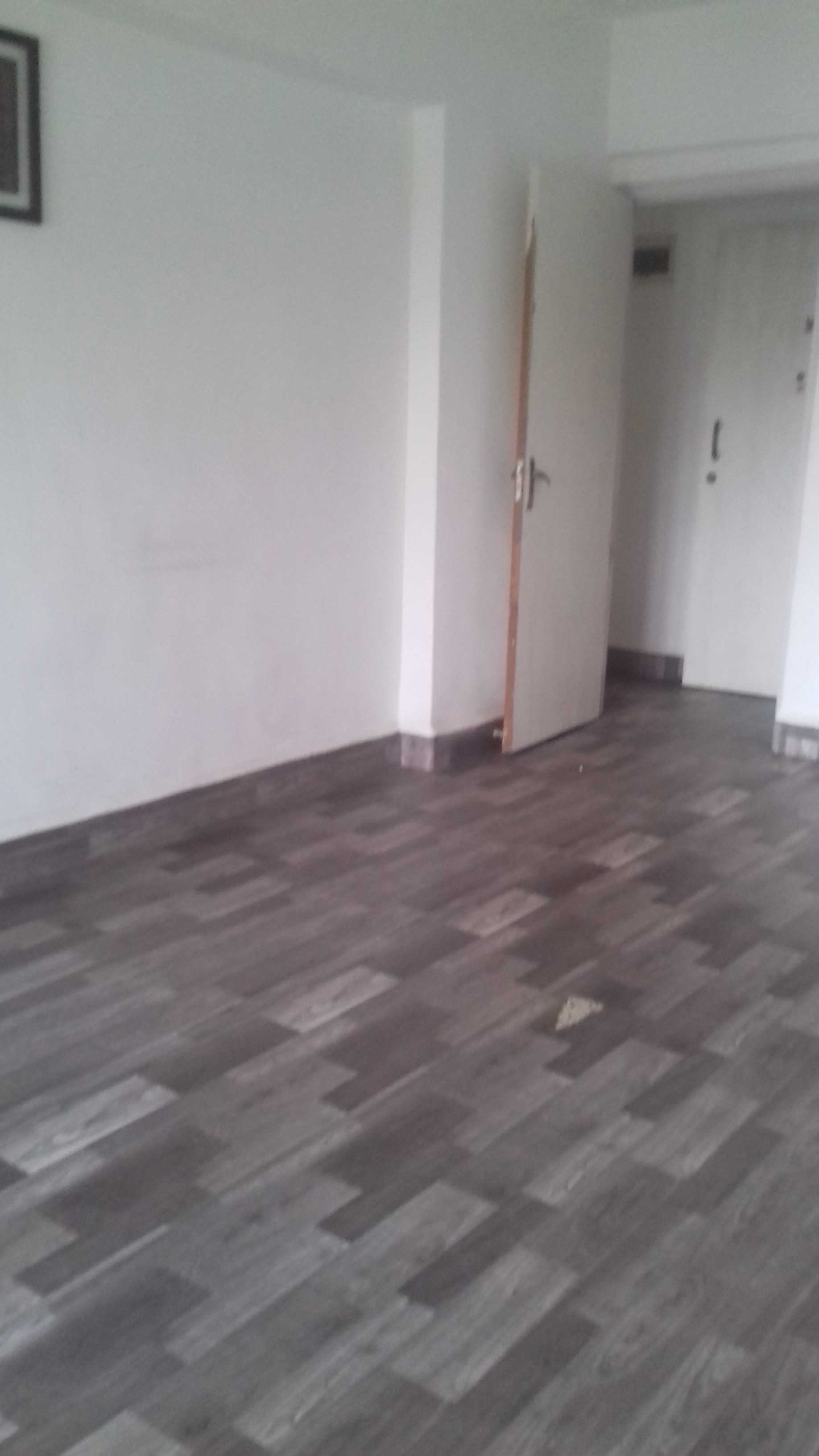 Flat on rent in Sheffield Tower, Andheri West