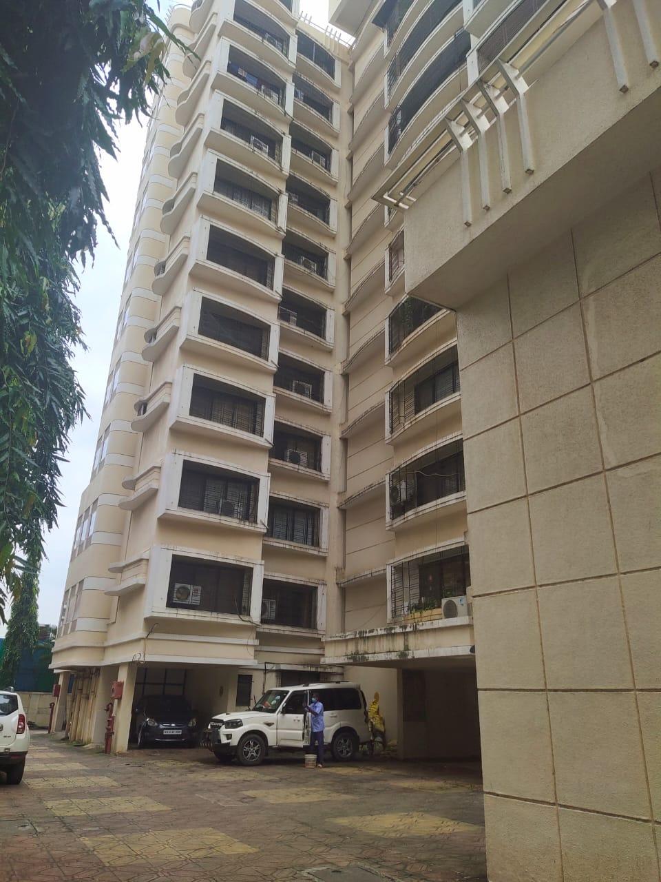 Flat on rent in Renuka Apartments, Bandra East