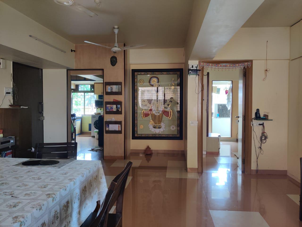 Flat for sale in Raziya Manor, Bandra West