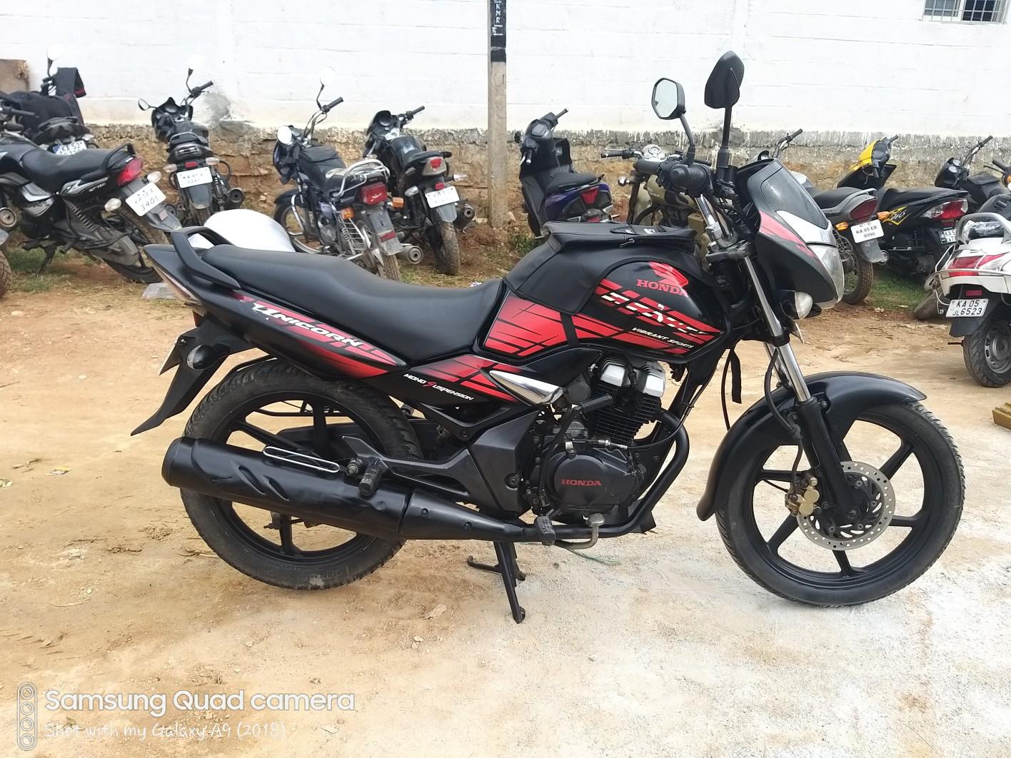 Honda CB Unicorn 150 Price, Mileage, Review, Specs