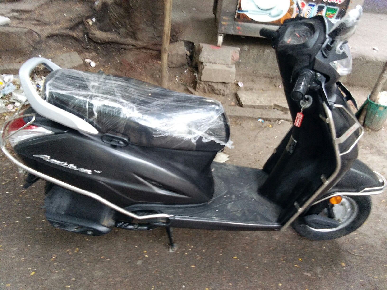 Honda Activa 4G Std refurbished scooter at best price | CredR