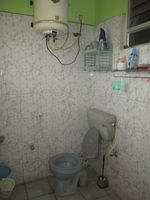 12A4U00181: Bathroom 1