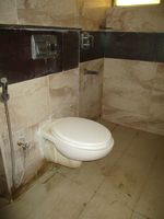 10J7U00275: Bathroom 2
