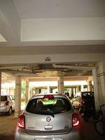 10J7U00275: parking