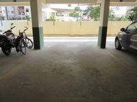 13J6U00348: parking 1