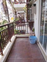 13M5U00102: Balcony 2