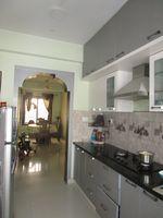 13J7U00036: Kitchen 1