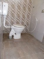 12A4U00148: Bathroom 2