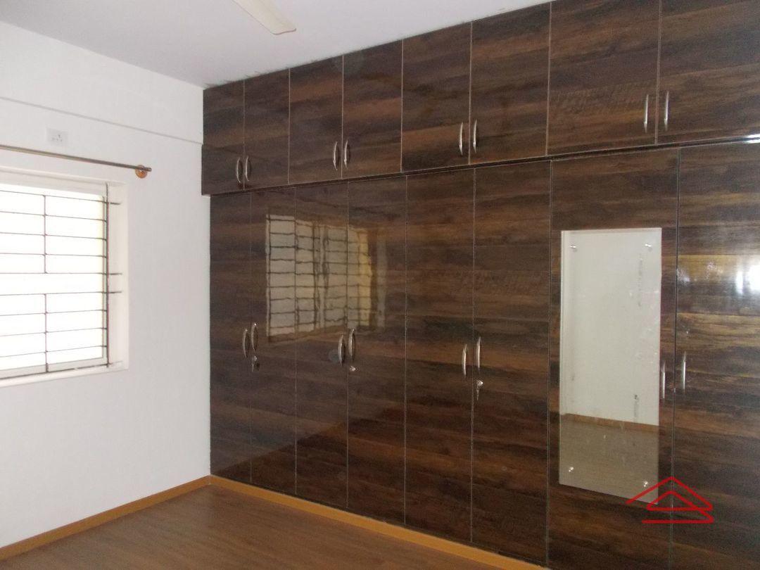 12A4U00148: Bedroom 1
