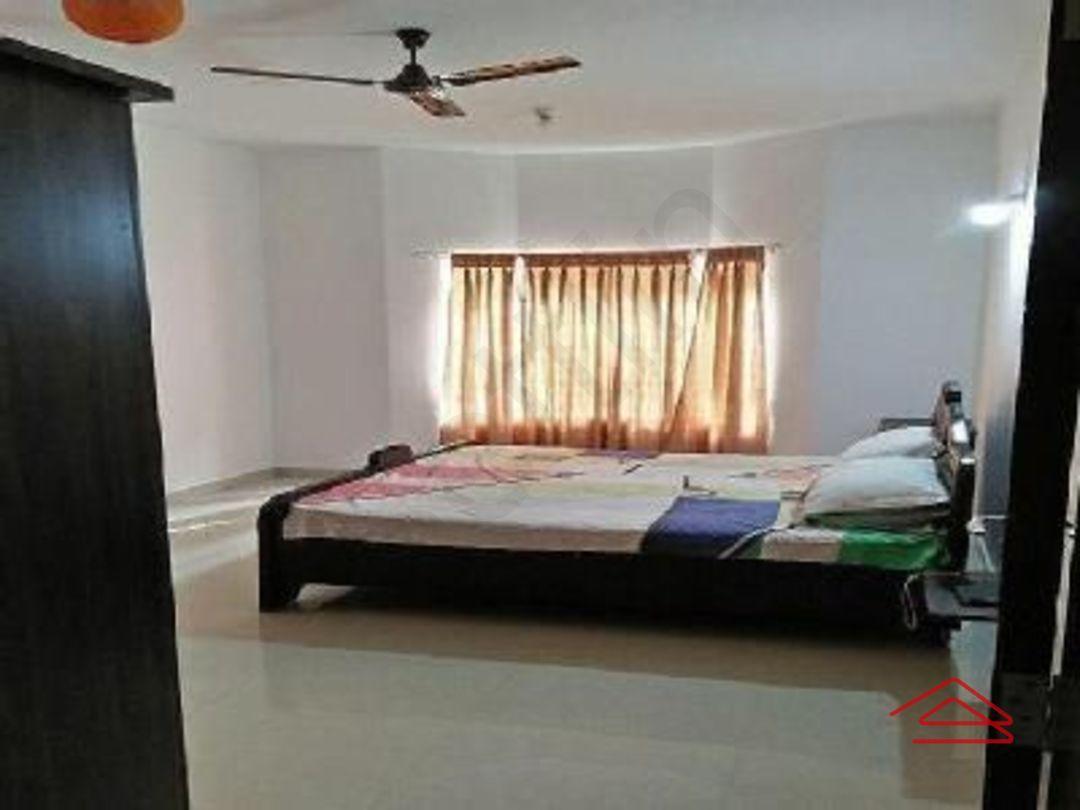 13M5U00101: Bedroom 1