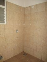 13DCU00184: Bathroom 1