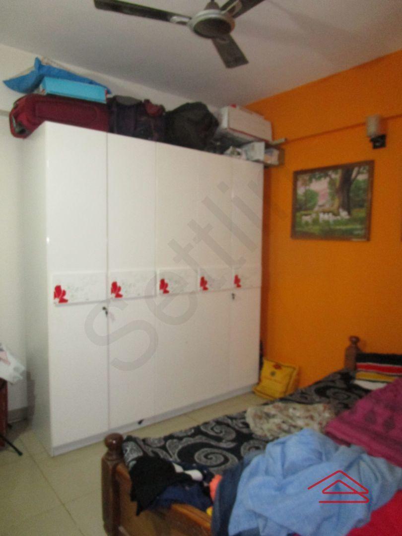 13M5U00363: Bedroom 1