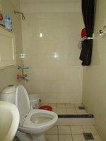 15M3U00018: Bathroom 1