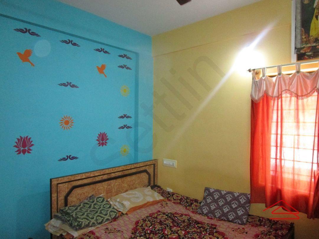 13M5U00499: Bedroom 1