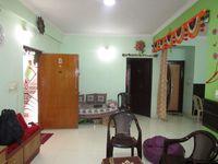13M5U00499: Hall 1