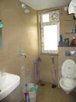 15F2U00346: Bathroom 2