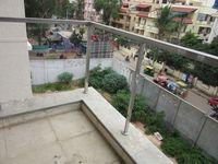 13M5U00138: Balcony 2