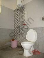 10DCU00317: Bathroom 2