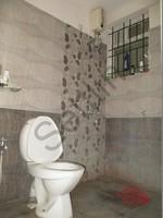 10DCU00317: Bathroom 1