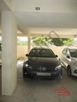 10DCU00317: Parking