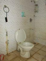 13M5U00007: Bathroom 1