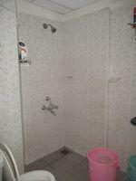 11NBU00631: Bathroom 2